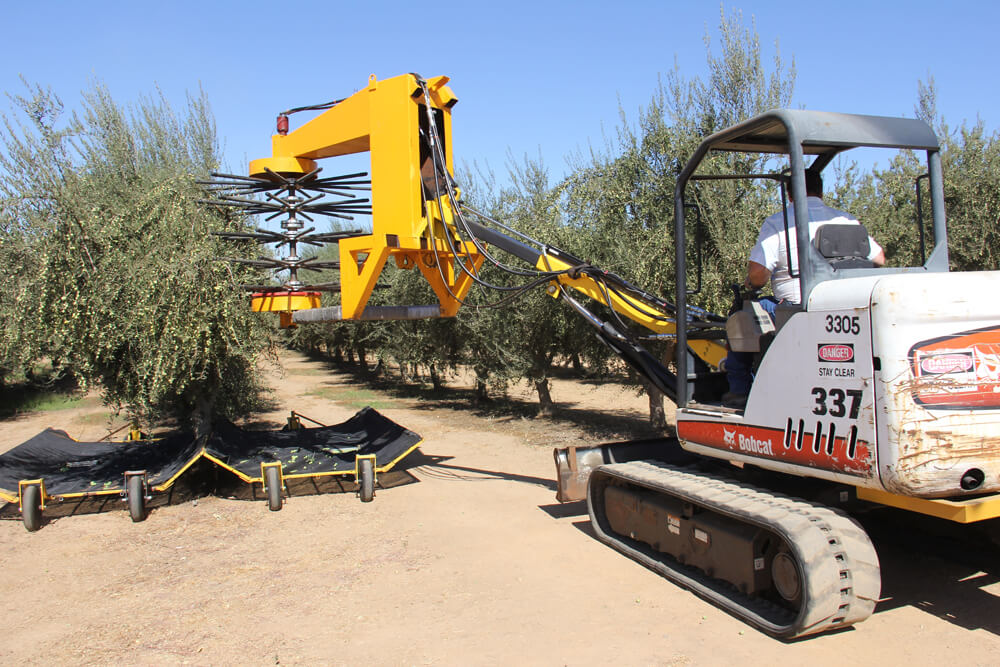 HOBBY FARM HARVESTING MACHINERY AND AGRICULTURAL EQUIPMENT LOANS THROUGH EQUIPLEND AUSTRALIA